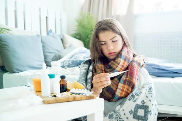 Choroby ostre sa traktowane jako bezwzgledne przeciwskazaine do wykonywania zabiegów medycyny esteycznej (fot. Fotolia)