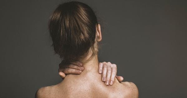 Czy mezoterapia może doprowadzić do martwicy szyi? fot. Fotolia