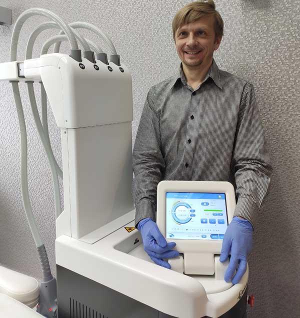 Ciepły laser należy do moich ulubionych metod, gdyż jest tak samo skuteczny jak kriolipoliza, ale bardziej komfortowy dla pacjenta (fot. arch. własne)